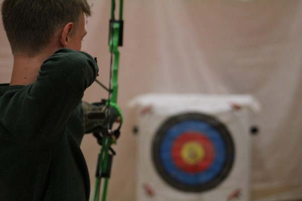 A Williamstown Archer takes aim at the target