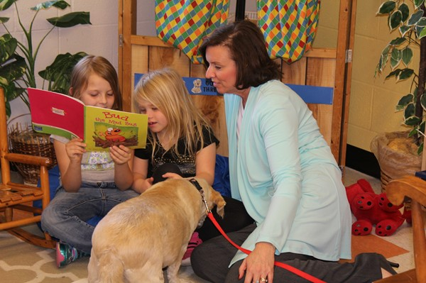 Mrs. Middleton and Bruno stopped in for a visit with a kindergarten class, where students showed off their reading skills.